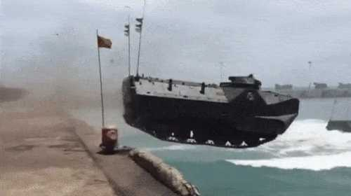 Military exercises of the Indonesian army, Amphibious Assault Vehicle 7 (AAV-7/LVTP-7) jumps from the pier to the sea.