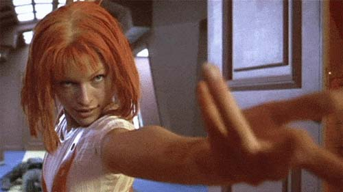 Red-hair Leeloo (Milla Jovovich) battle scene, The Fifth Element film.